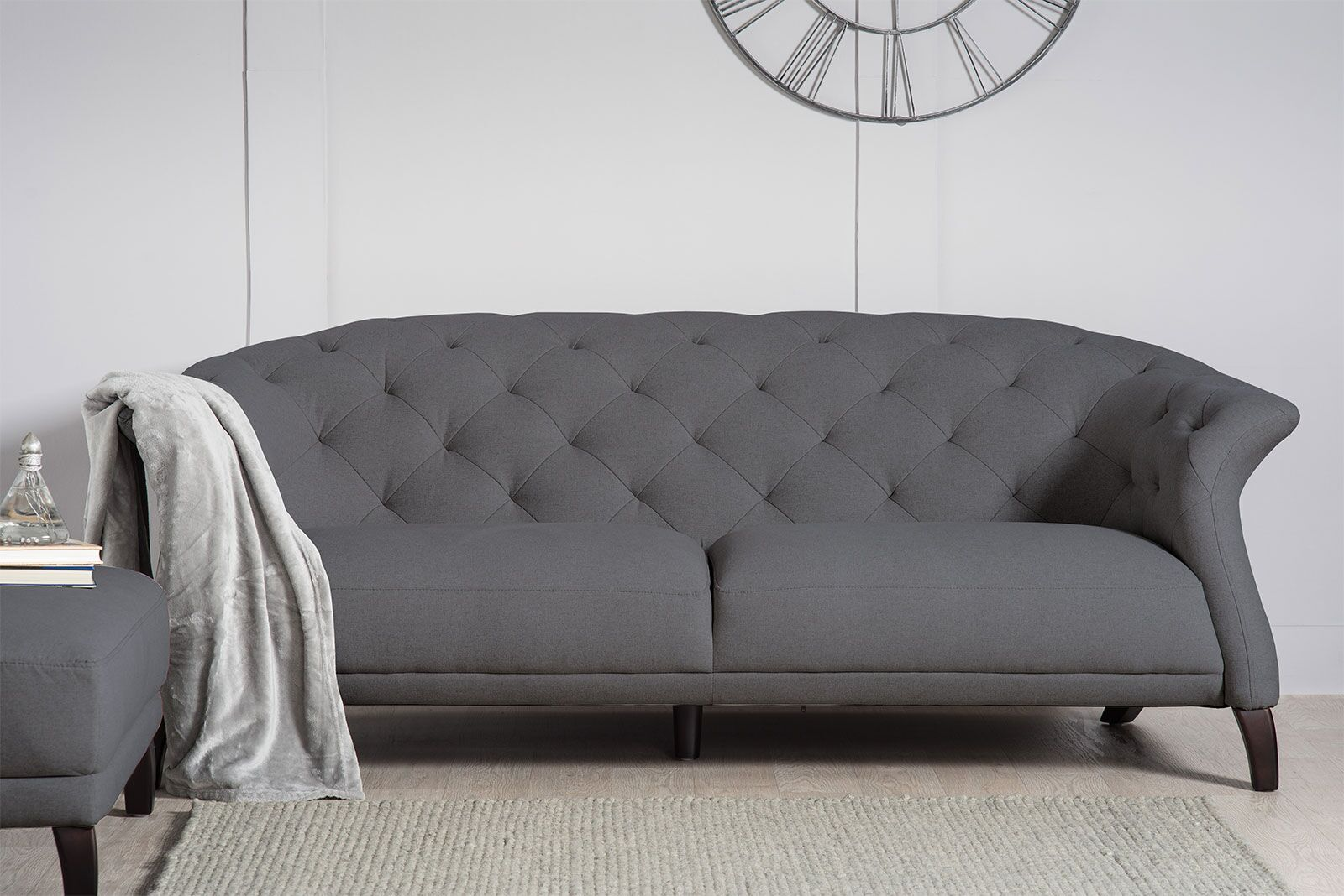 3 Seater Modern Chesterfield Sofa